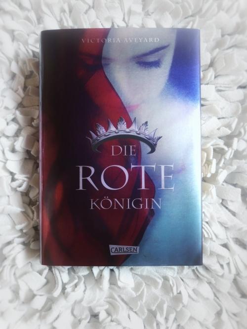 Rote Königin Buch